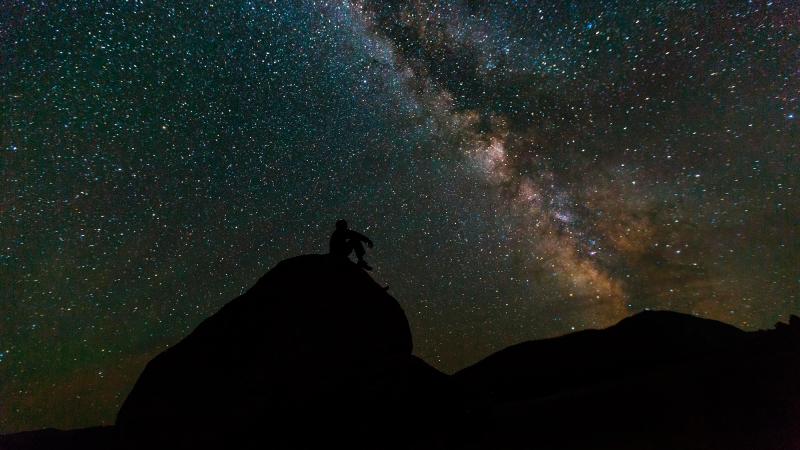 Астрономы открыли гигантскую планету из «пенопласта»