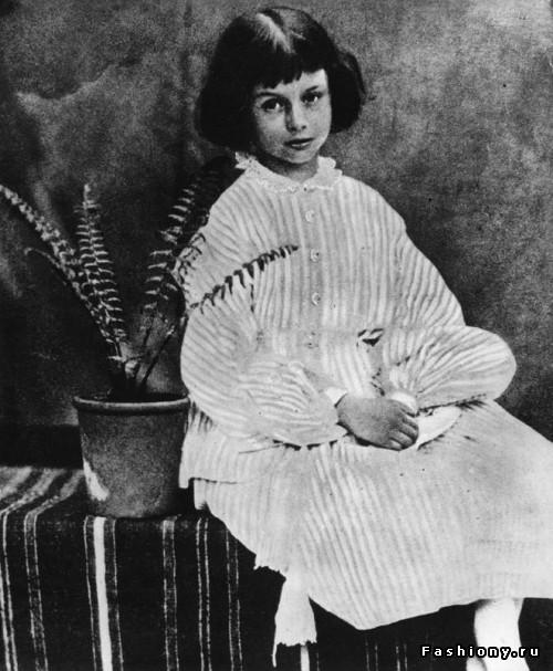 Настоящая «Алиса в стране Чудес»: Алиса Лидделл