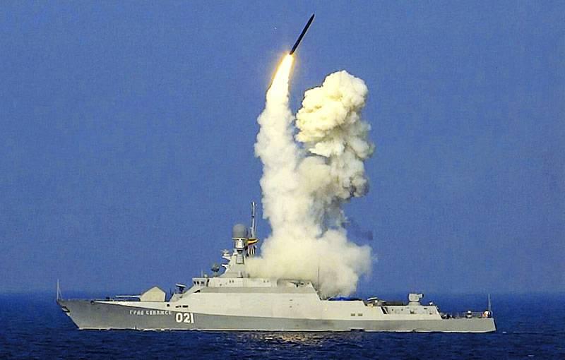 """СМИ: Новая ракета """"Калибр-М"""" получит наземную версию базирования"""