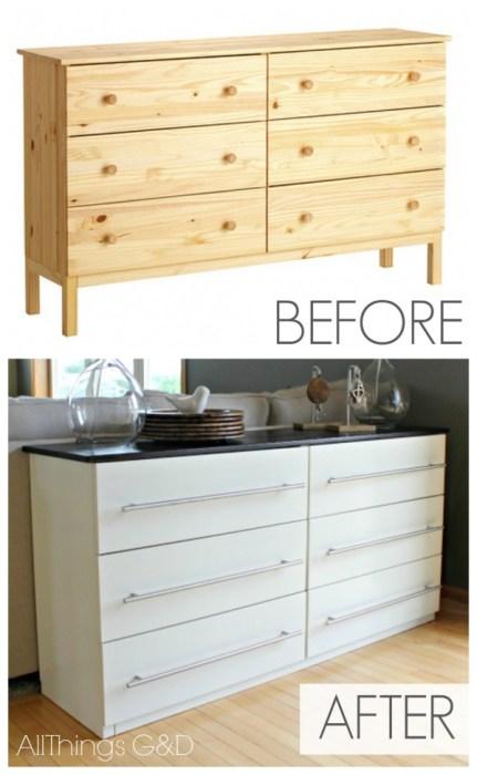 Из старого комода можно создать оригинальный кухонный гарнитур, который ни чем не уступает профессиональным аналогам.