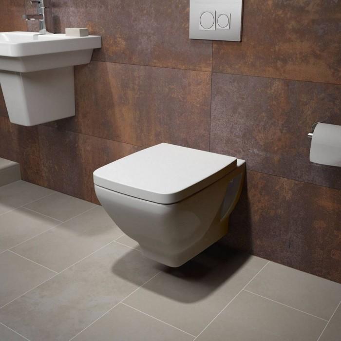 Если вы задумываетесь, как оформить туалет, имеющий небольшую площадь, рекомендуем остановиться на подвесных типах конструкций унитаза.