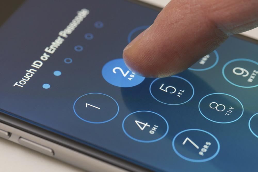 Найден новый способ обхода экрана блокировки на аппаратах iPhone 6S и 6S Plus