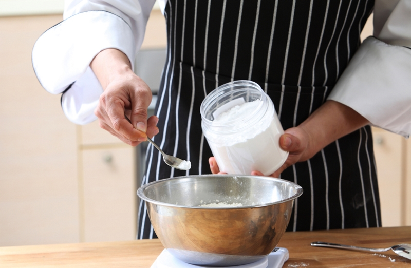 кекс с сушеной вишней