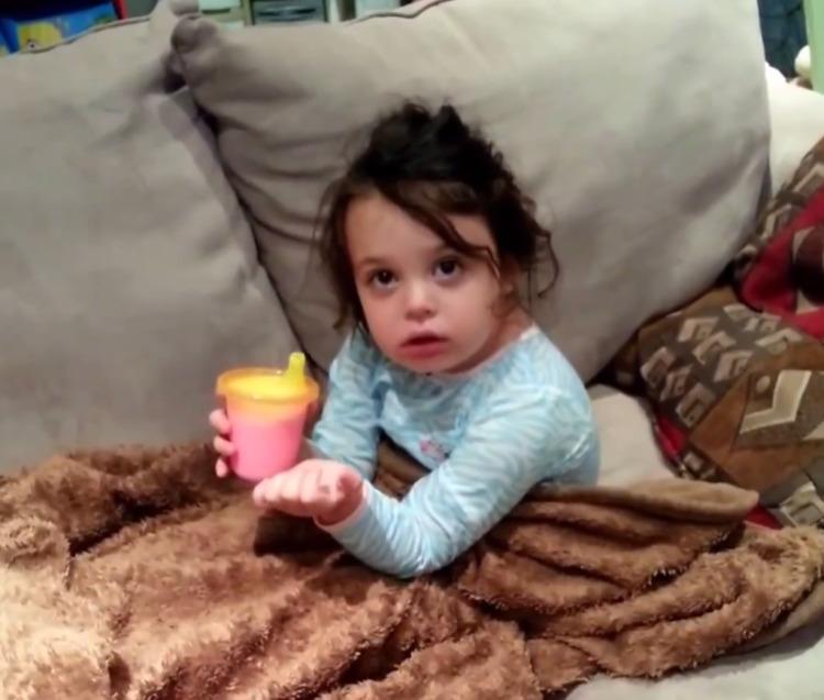 Родители подшутили над малышкой — ее реакцию даже они не могли предугадать
