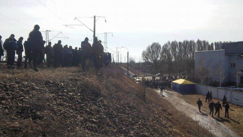 ЛНР: Блокирующие Донбасс украинские радикалы подорвали железную дорогу
