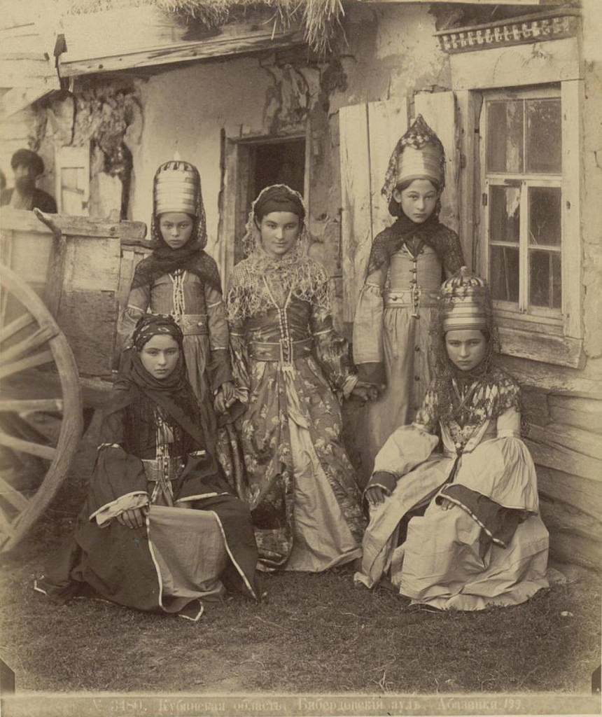 Русский майор и кавказская княжна.