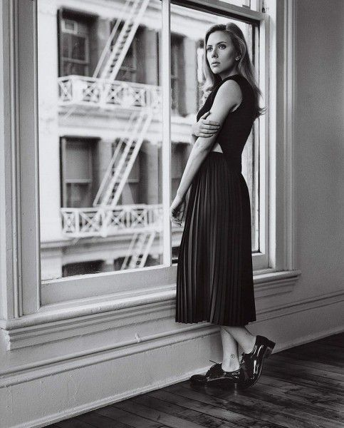 Scarlett Johansson HQ Photo #1 - #WhoIsTheBest?