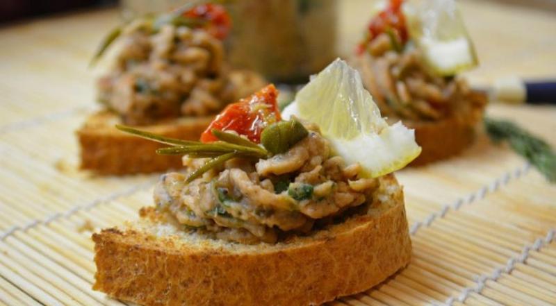 Намазка из рыбы для бутербродов: потрясающе вкусно и очень просто
