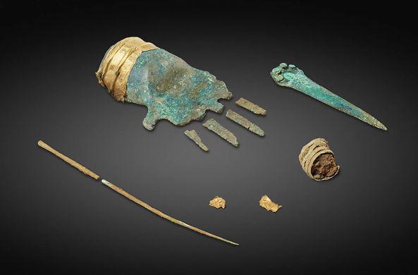 Ученые обнаружили протез руки Бронзового века