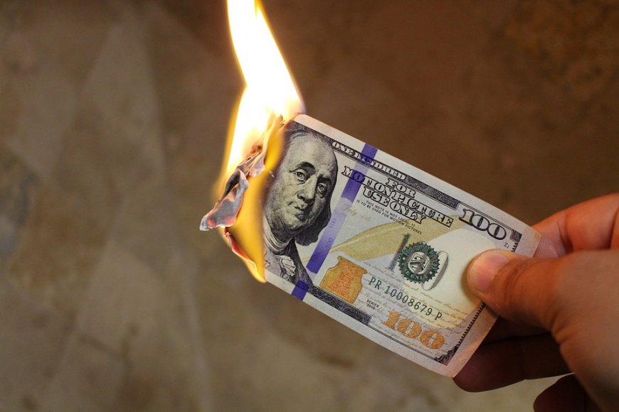 Спасение Америки от кризиса: ФРС США снижает объем собственных активов