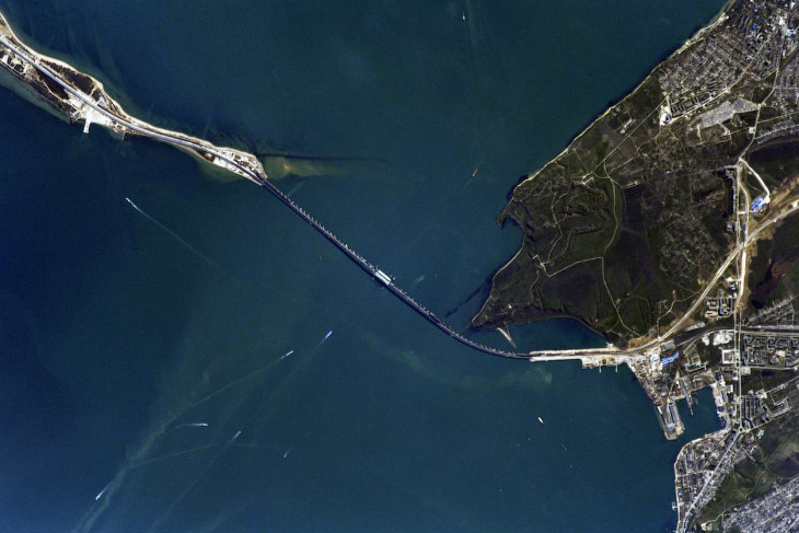 Крымский мост из космоса и д…