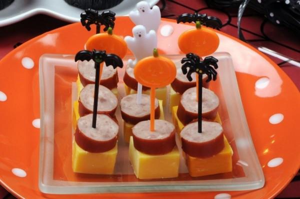 Страшные закуски на хэллоуин рецепты с фото