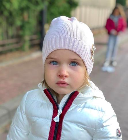 Младшую дочь Ксении Бородиной покусала собака