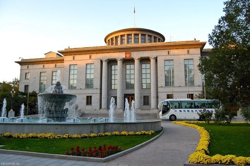 16. В Китае посольство, россия, фото, чиновники