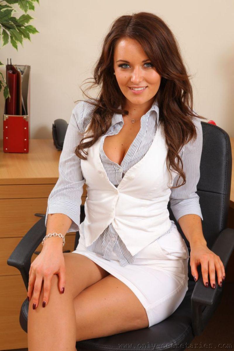 Сексуальная деловая женщина 7 фотография