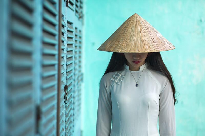 Красота Вьетнама — женщины в традиционном костюме аозай