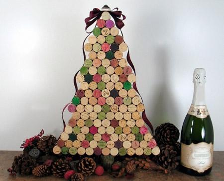 новогодние елки из корковых пробок