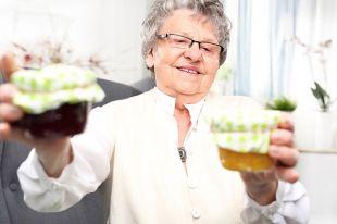 Есть ли польза в варенье? Считаем сахар в бабушкиных заготовках