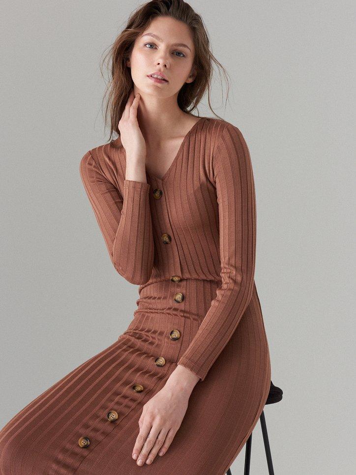 Коллекция одежды Mohito весна-лето 2019 фото №17