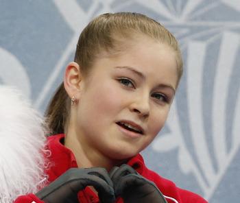 Юлия Липницкая, завершившая спортивную карьеру, вернется на лед в новом амплуа
