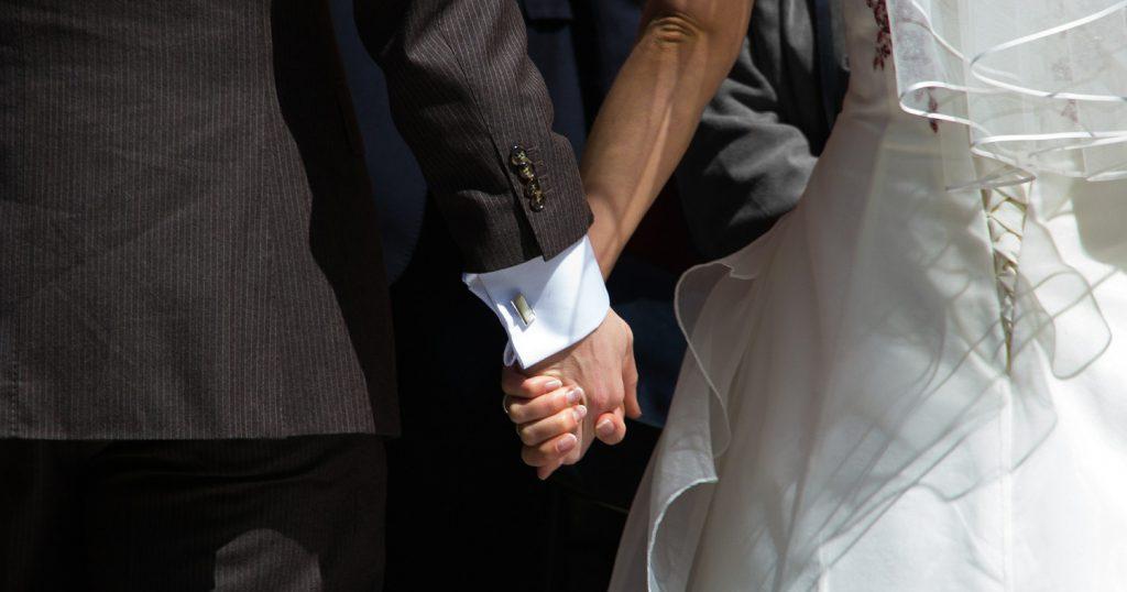Не спешите выходить замуж — сначала поживите с парнем