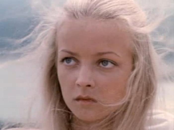 После выхода картины «Москва слезам не верит» в нее влюбилась вся страна. Взгляни, как актриса выглядит сейчас!