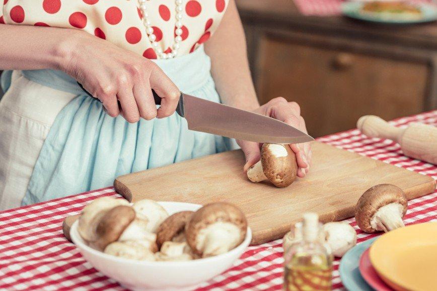 Грибной сезон: готовим вкусную икру на закуску