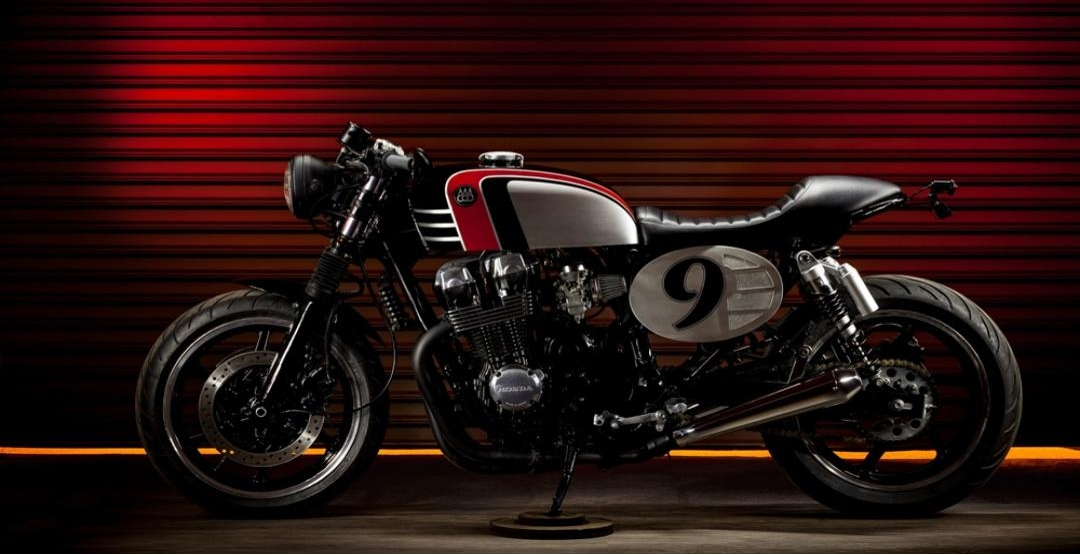 Фото Honda CB750 Spitfire 09