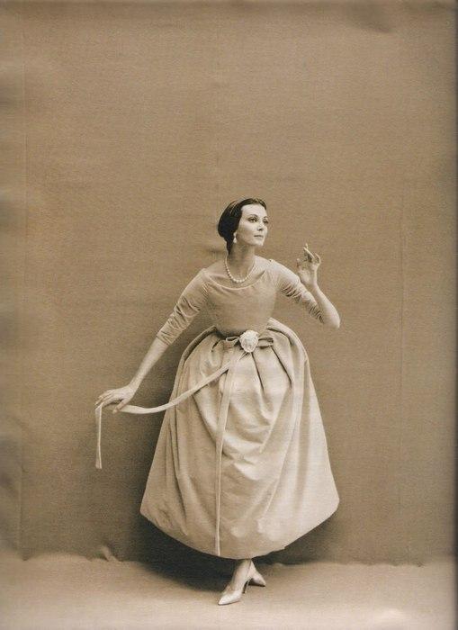 80-летняя модель с самой долгой карьерой (21 фото)