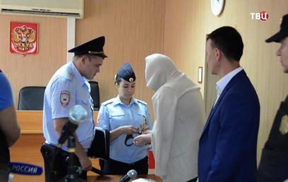 Студентка из Бердска получила 3 года колонии за попытку бегства в Сирию