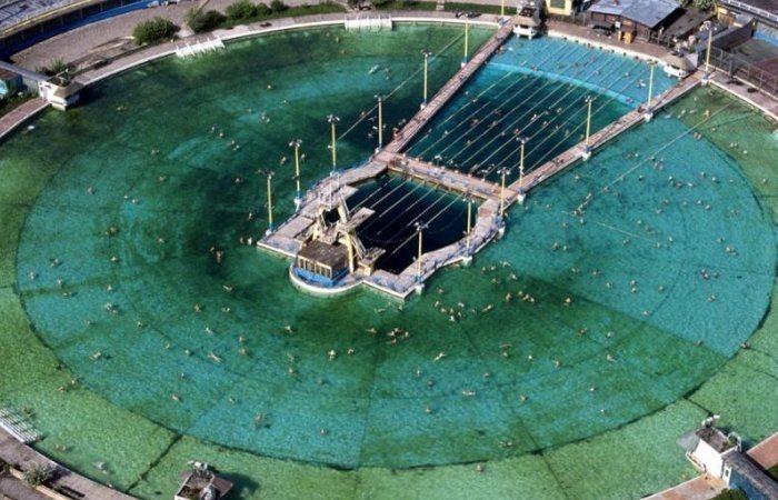 «Москва» - самый большой бассейн в СССР