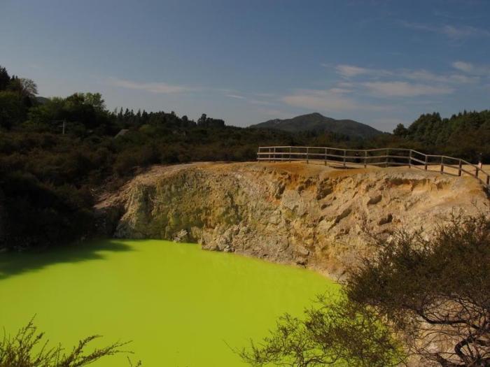 Настоящее природное чудо — Ванна Дьявола -3 фото-