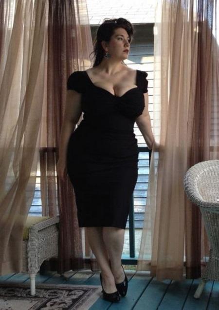 Фасоны платьев для полных женщин в возрасте после 50[9]