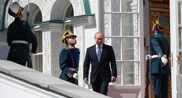 Пусть Путин выйдет и всё объяснит