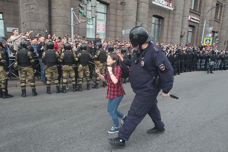 Собчак: Полиция в очередной раз бьет рекорды