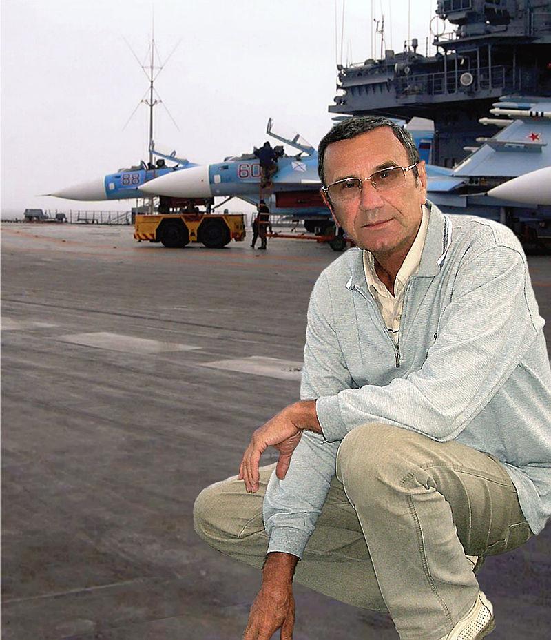 Строитель советских авианосцев Валерий Бабич переезжает на работу в Китай из Николаева