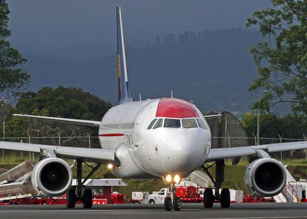Французы отучат самолеты ездить с помощью двигателей