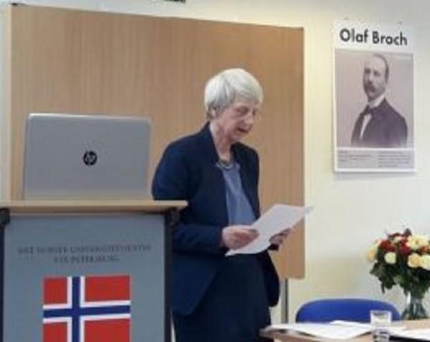 Норвежских и шведских студентов просят покинуть Петербург