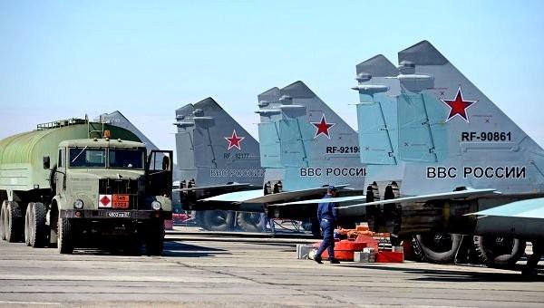 Американцы повадились фотографировать военные аэродромы РФ