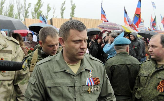 Захарченко объявил траур в ДНР по Кобзону, но погиб сам