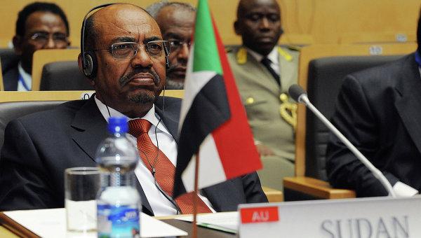 Президент Судана Омар аль-Башир приехал к Путину просить о защите