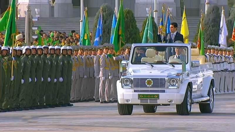 Сила и мощь Туркменской армии на страже мира и Туркменбаши
