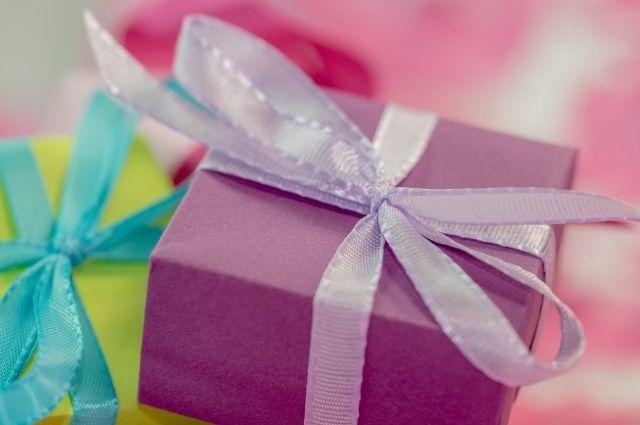 В Краснодаре уволена учительница, расстроенная скромным подарком
