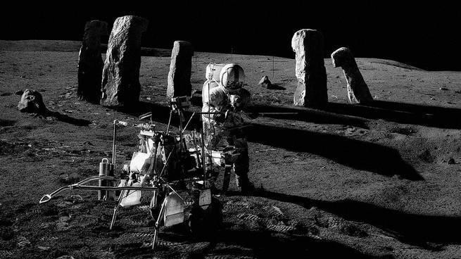 Аномальные задержки сигнала с Луны