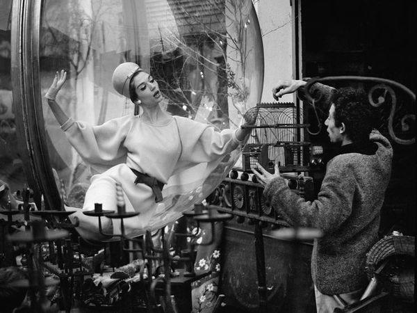 Знаменитые «Пузыри» фотографа Melvin Sokolsky