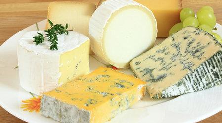 Сыр с плесенью: польза и вред