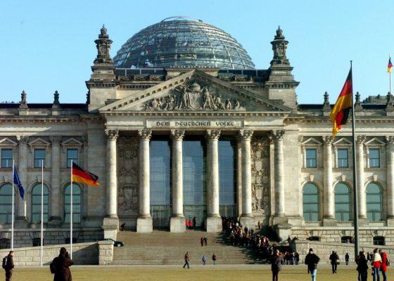«Отсрочки не будет»: Меркель…
