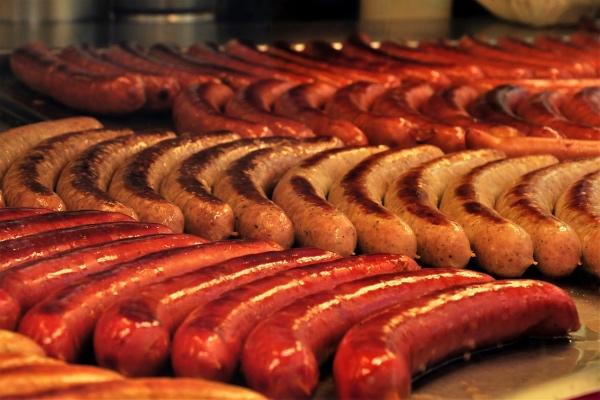 Баварские колбаски: как делают легенду