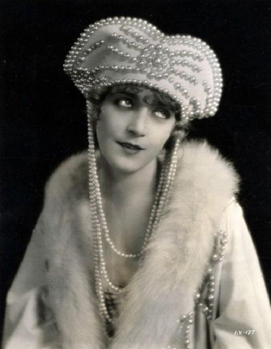 Вильма Банки. Американская актриса немого кино венгерского происхождения