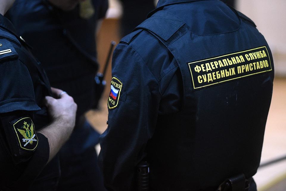 Видео: в Москве избили судеб…